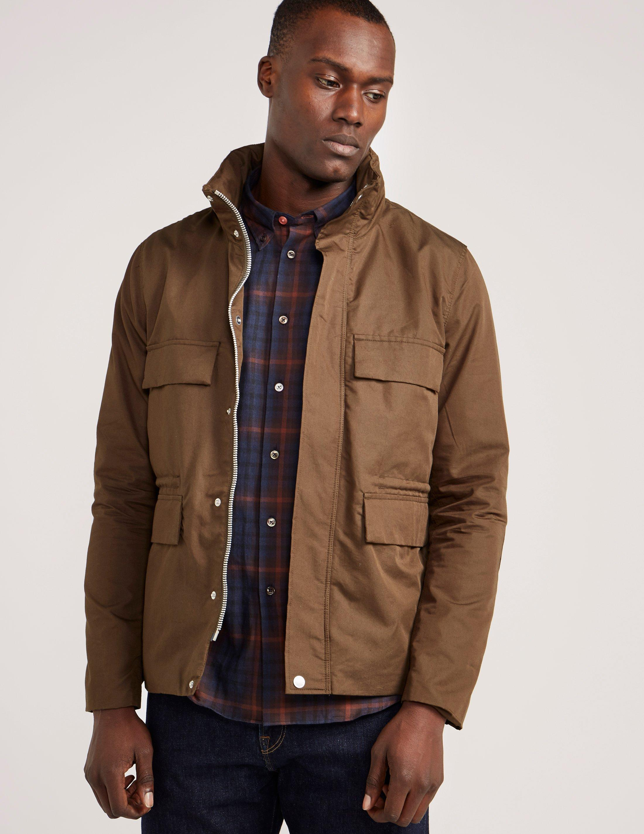 Here Comes The Rain Here S 10 Men S Lightweight Jackets